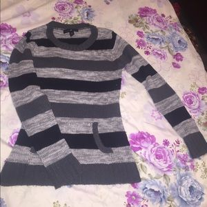 Black grey and white knitted sweater
